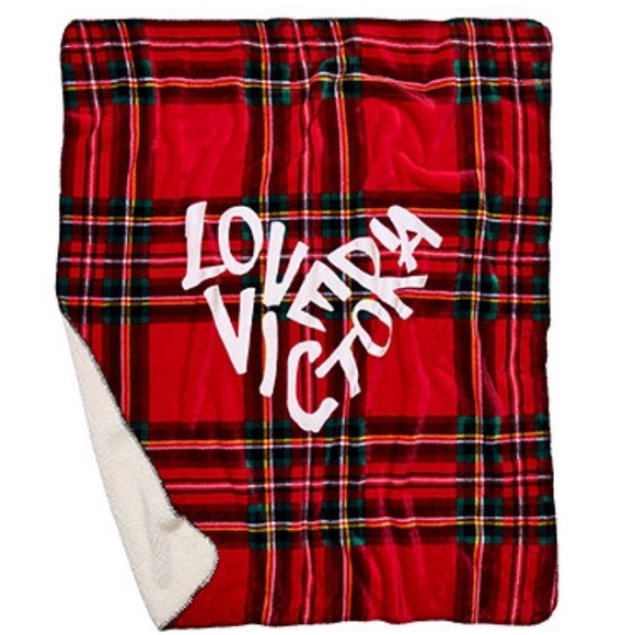 Christmas Blankets.Victoria S Secret Christmas Sherpa Blanket Nwt